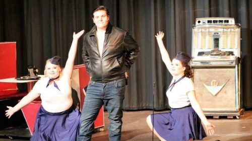 REVIEW: Foothills Playhouse Hails the Good Ole Days in 'Happy Days: A New Musical