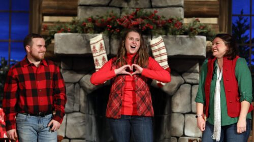 REVIEW: Mill Town Players' A Smoky Mountain Christmas is Irresistible Family Fare